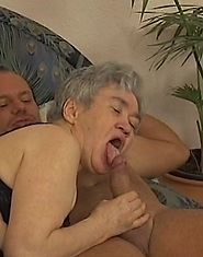 Old gray-haired cunt crammed by strong meaty cock