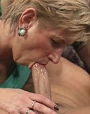 Two mature ladies share one cock on the couch