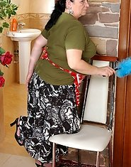Full-bodied housemaid getting a dildo shoved up her bum before a real thing