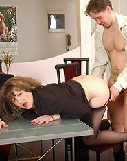 Pantyhosed mature babe spanking disobedient guy before breathtaking fucking