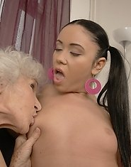 Three generations of lesbians get it on